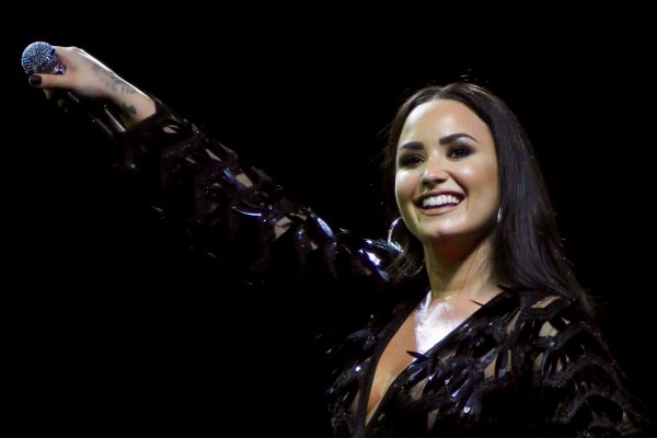 "Demi Lovato: ""Ho avuto tre ictus e un infarto"""