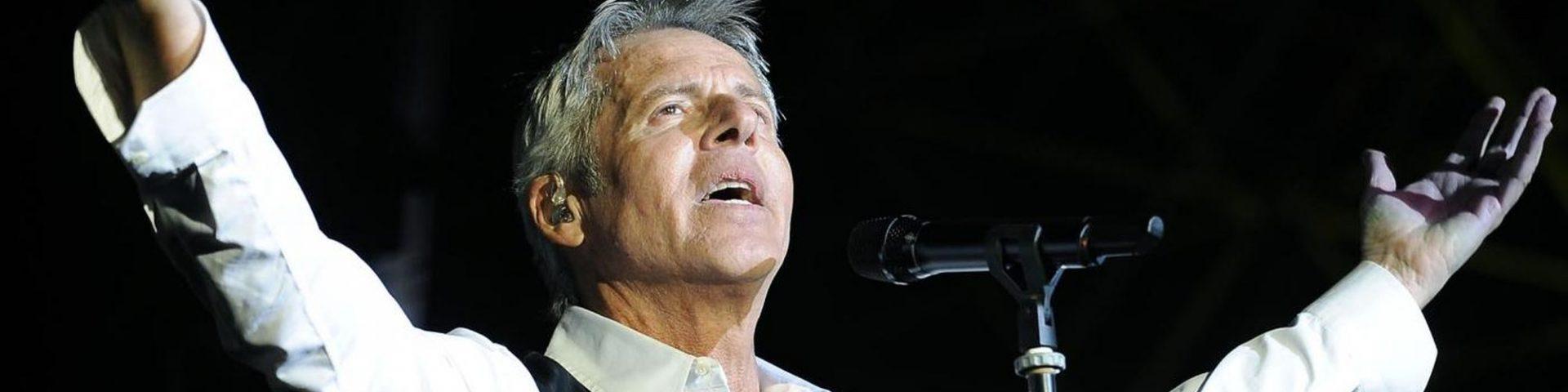 """Claudio Baglioni """"Al centro"""" a Verona: scaletta, biglietti, come arrivare"""