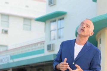 """""""Vita ce n'è"""" di Eros Ramazzotti - Testo e Video del nuovo singolo"""