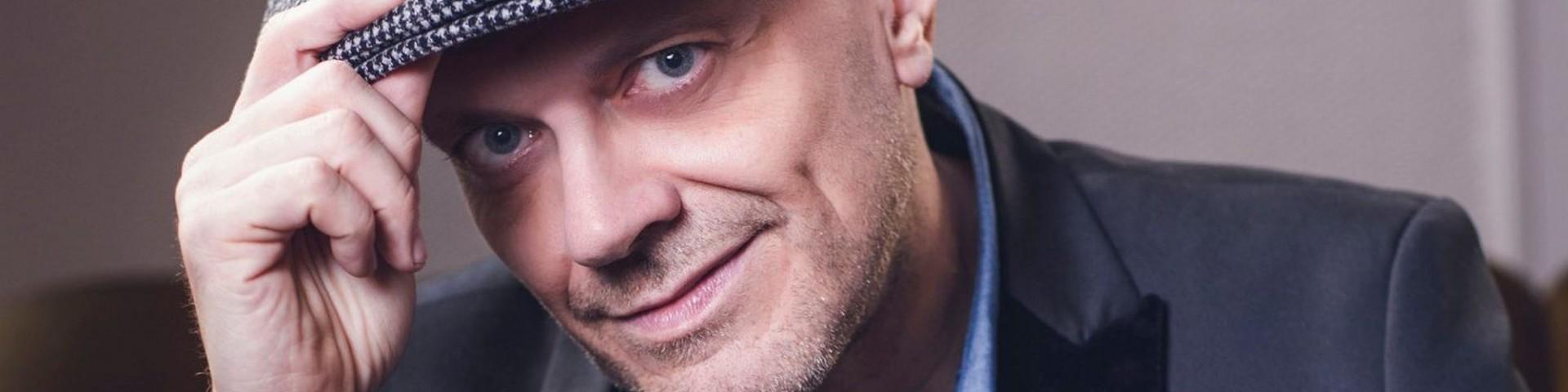 """La Bellacanzone della settimana è """"Sembro matto"""" di Max Pezzali (feat. Tormento)"""