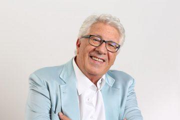 """Sanremo 2019, premio alla carriera a Pino Daniele. Peppino Di Capri: """"Spettava a me, lui fu solo ospite"""""""