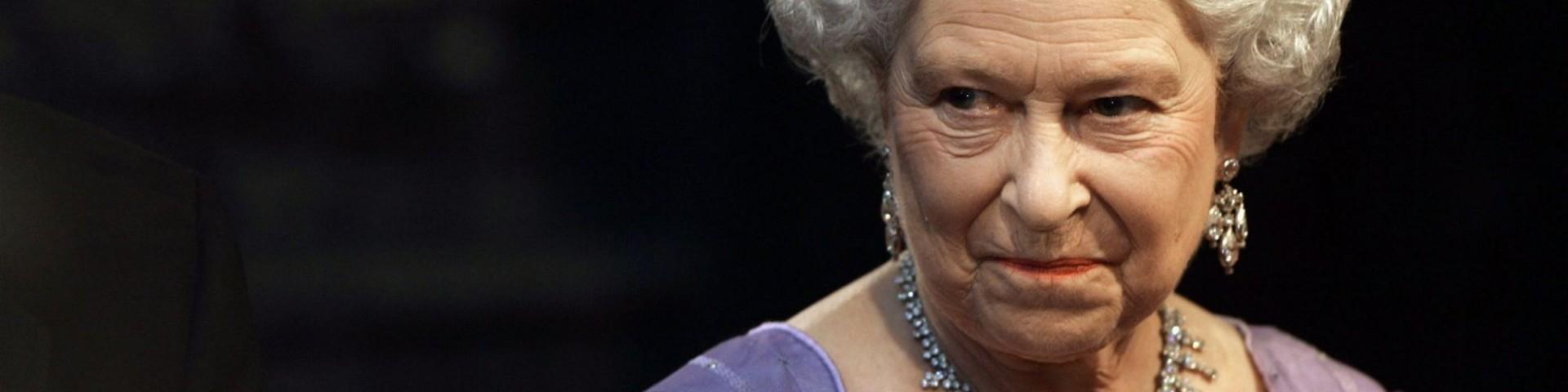 #RIPQueenElizabeth, la bufala della Regina Elisabetta morta diventa virale
