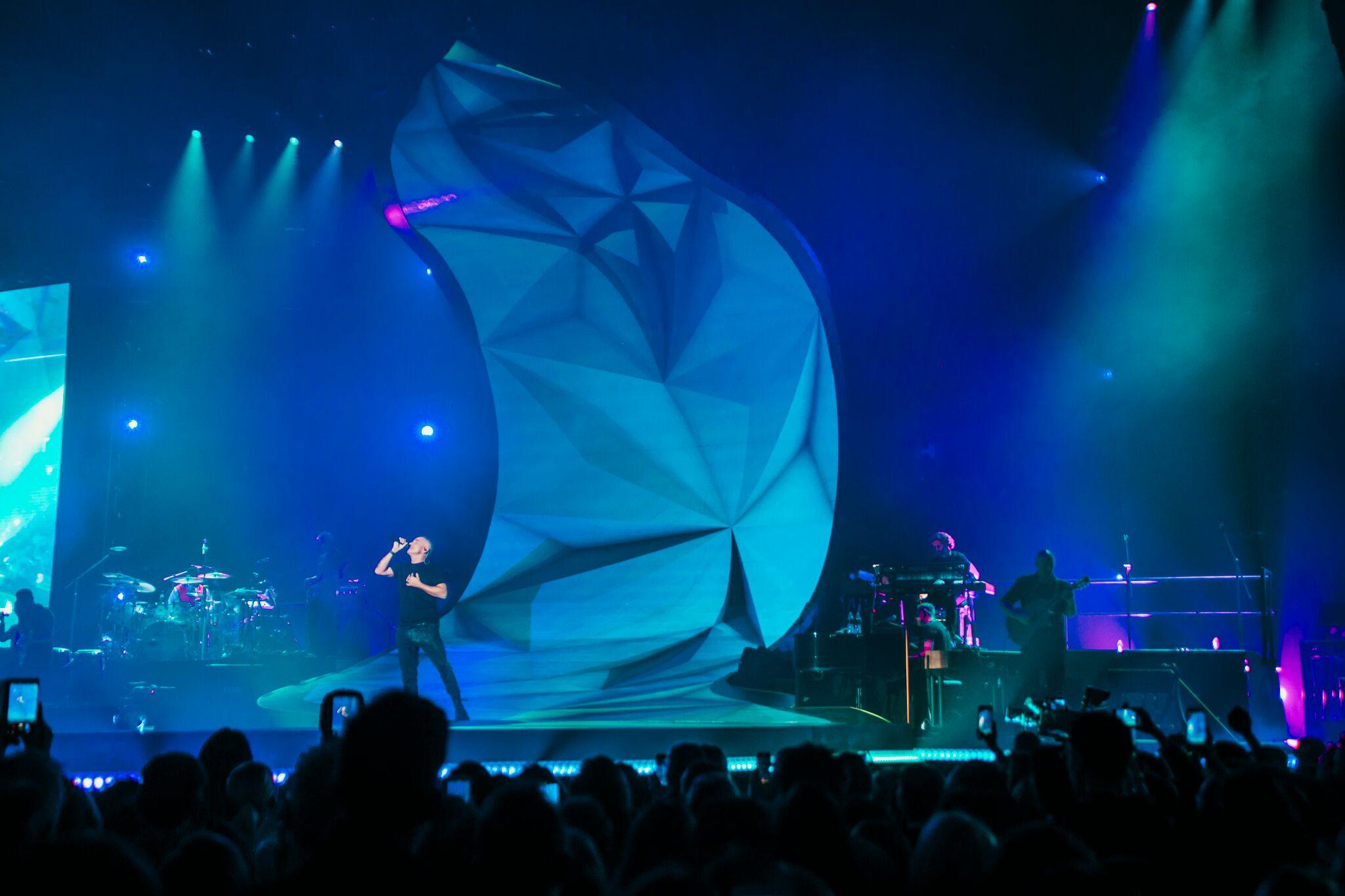 Eros Ramazzotti: iniziato il Vita ce n'è World Tour – Foto e Video