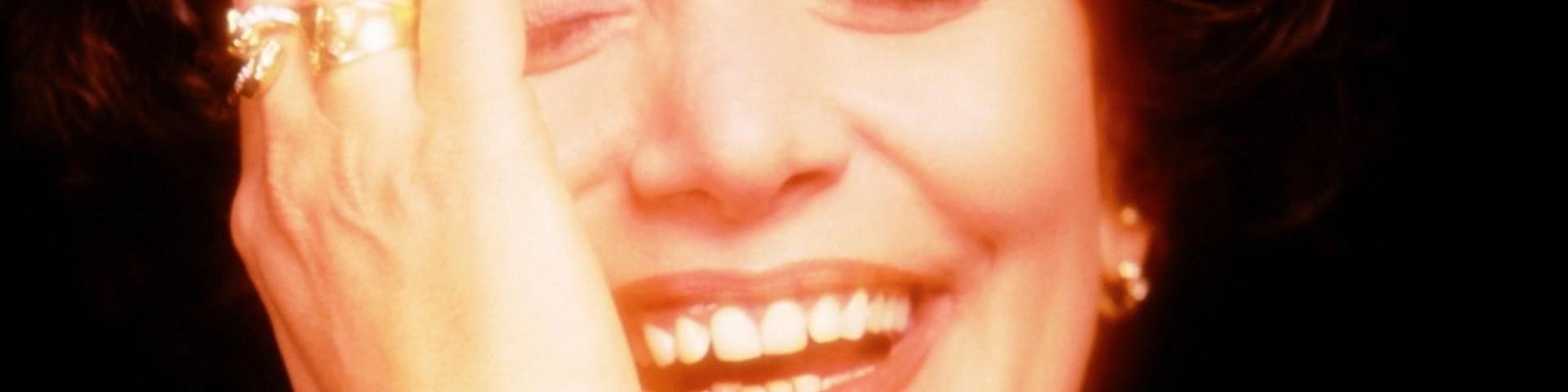 Morte Mia Martini: dall'ipotesi suicidio alle accuse della sorella Loredana Bertè sul padre