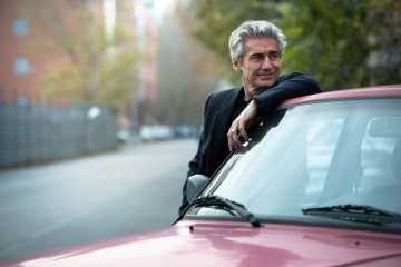 "Ligabue: ""Certe donne brillano"" nel nuovo spot Vodafone - Video"