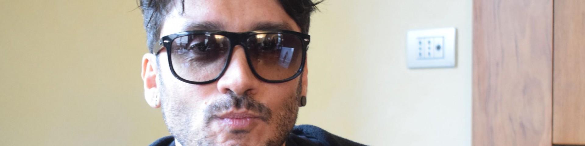 """Fabrizio Moro: """"'Figli di nessuno' è un lavoro benedetto"""" - Video"""