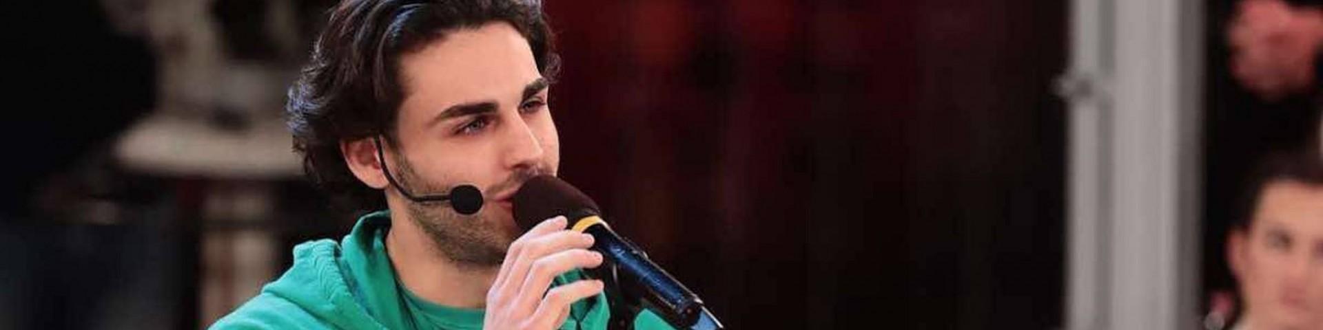 Dj Giuseppe di Radio 105 (partner di Amici) attacca Alberto Urso: è polemica