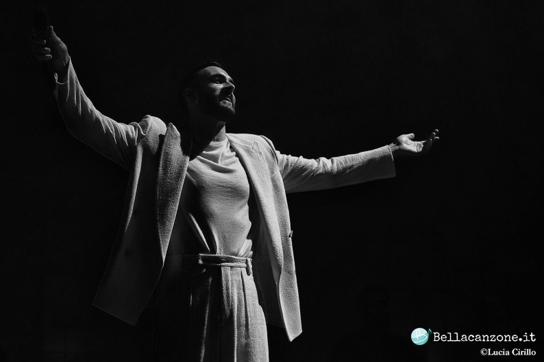 Marco Mengoni, l'Atlantico Tour debutta a Milano – Foto