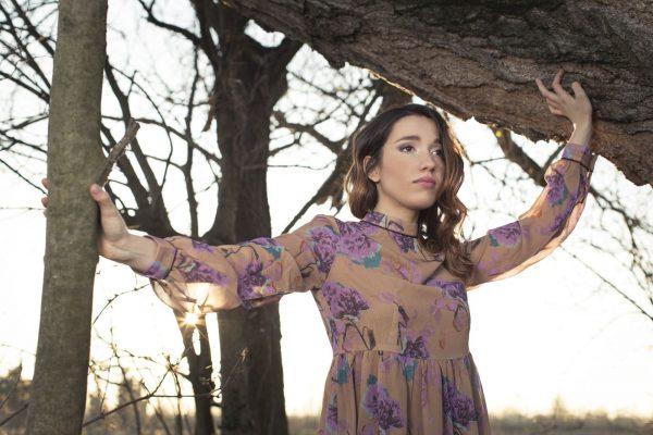 """Ylenia Lucisano: """"Un disco in cui trovare la propria dimensione"""" - Video"""