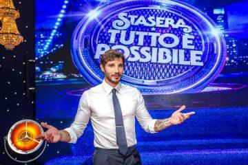 Stasera tutto è possibile torna con Stefano De Martino