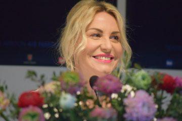 Antonella Clerici piange in conferenza stampa a Sanremo 2020 (Video)
