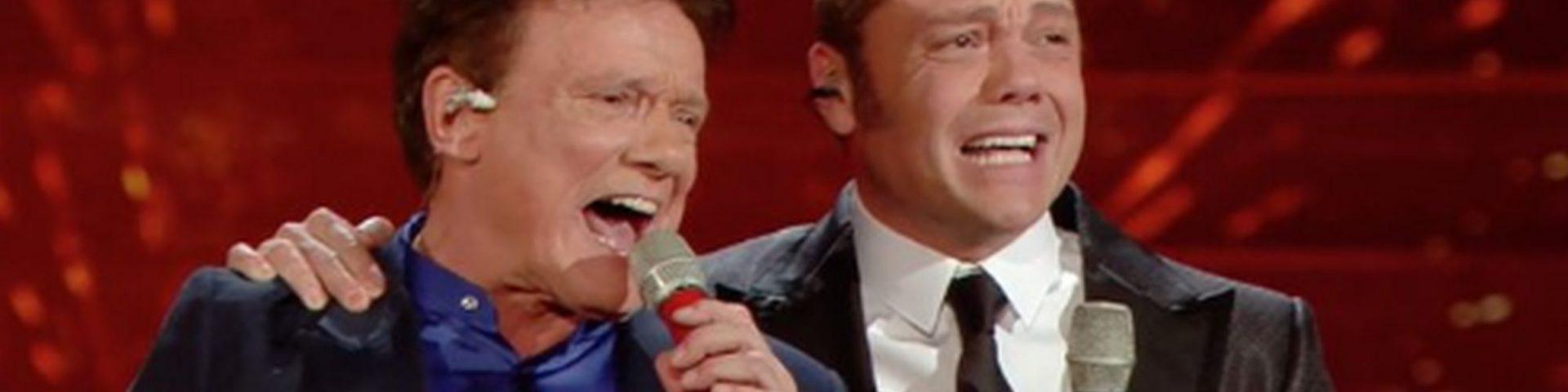 """Massimo Ranieri e Tiziano Ferro cantano """"Perdere l'amore"""" a Sanremo 2020 (Video)"""