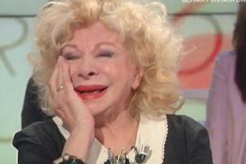 Sandra Milo cade in diretta a Italia Sì (Video)