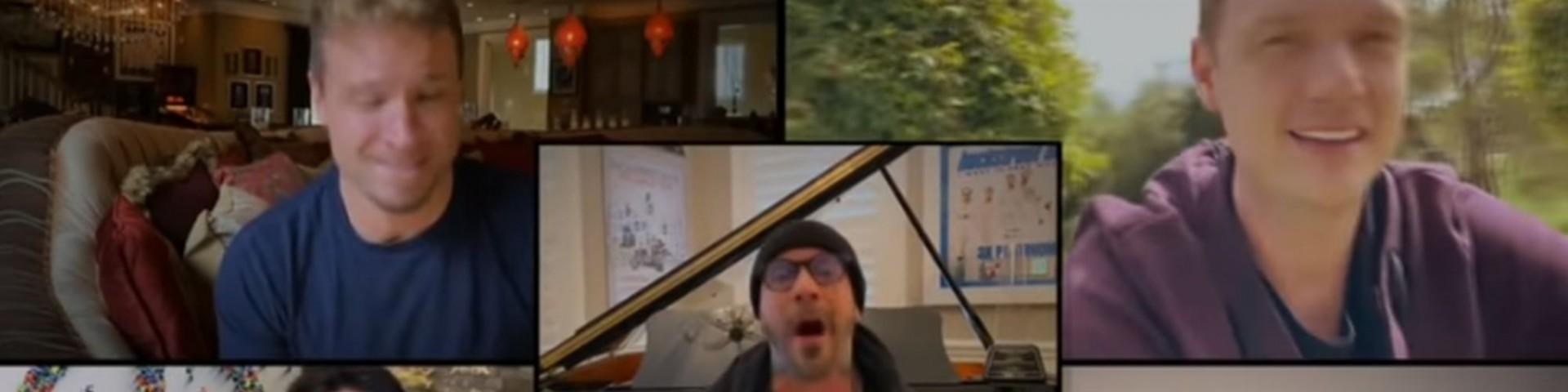 """I Backstreet Boys cantano """"I Want It That Way"""" ed è boom per la reunion (Video)"""