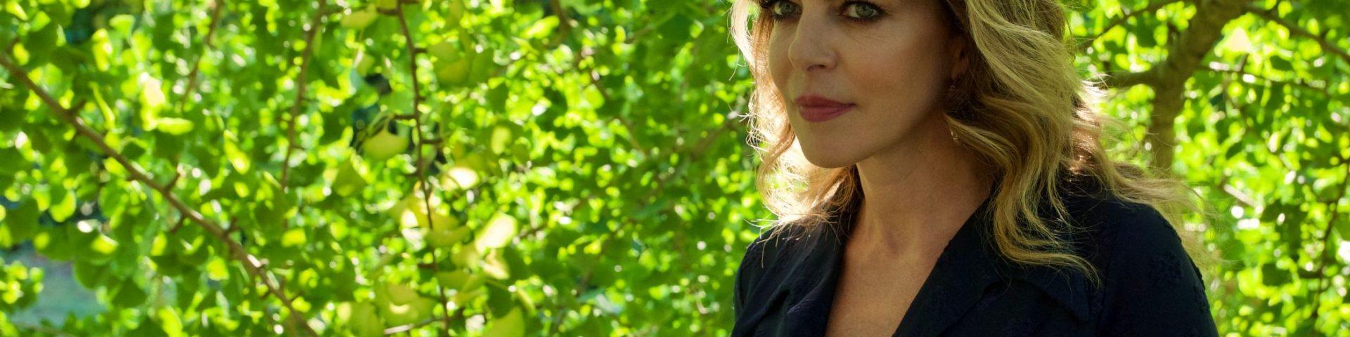 Manteniamoci Informate: la campagna di sensibilizzazione con Claudia Gerini
