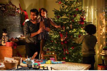 """Dal 16 dicembre al cinema """"10 giorni con Babbo Natale"""": le prime foto"""