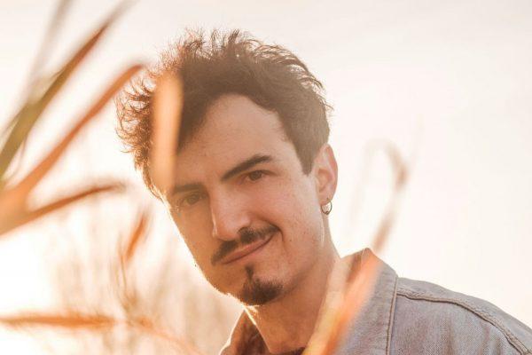 """Folcast a Sanremo Giovani: """"Suonare dal vivo con l'orchestra in questo periodo è un privilegio"""" (Video)"""