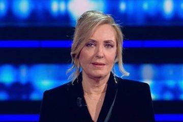 """Sanremo 2021, Famiglia Tenco contro Barbara Palombelli: """"Chiacchiericcio ignorante"""""""
