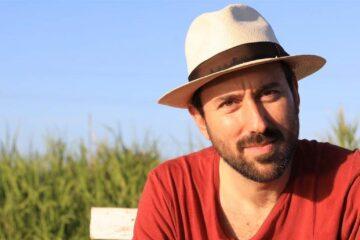 """La Bellacanzone della settimana è """"Nero, bianco e blu"""" di Gianfranco Mauto"""