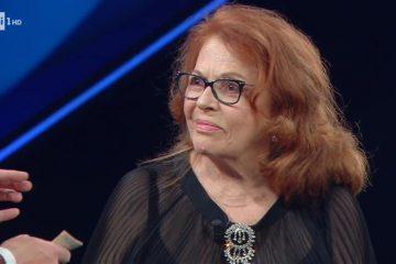I look di Sanremo 2021 secondo la Rosanna Cancellieri dei Povery: le pagelle della terza puntata