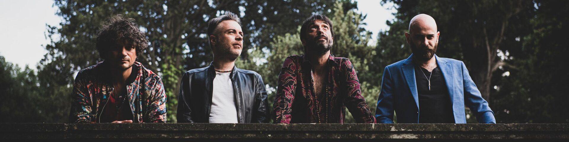 """LA SCELTA: """"Agosto a casa"""" è il nuovo singolo della band composta da Mattia Del Forno, Francesco Caprara, Emiliano Mangia e Marco Pistone."""