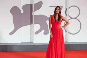 Venezia 78: Valentina Parisse sul red carpet