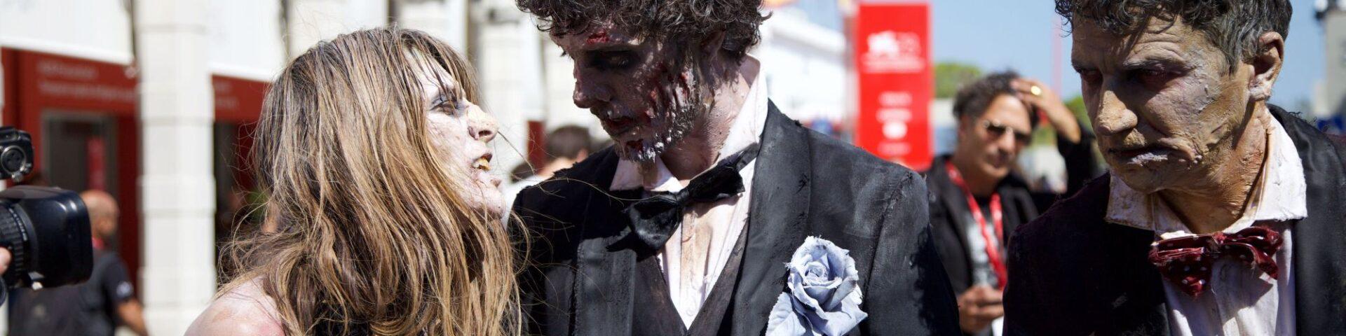 The Walking Dead a Venezia 78: l'invasione zombie (FOTO)